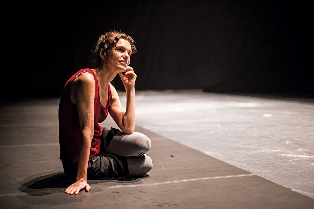 "Lia Rodrigues: ""Is dance a political act? It depends how and where you do it""."